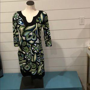 Sweet Storm dress vneck 3/4 sleeve
